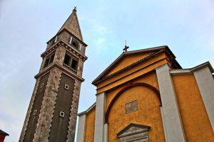 vrsar-hauptplatz-kirche